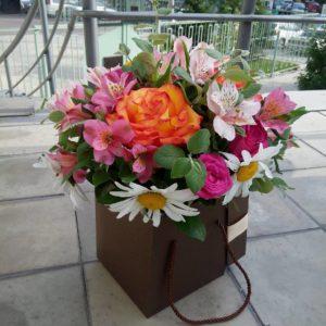 #126. Розы, ромашки, альстромерии