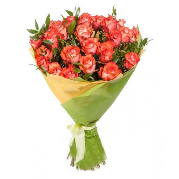 #012. Розы 25шт