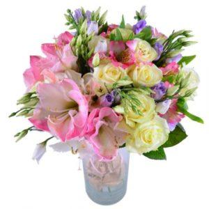 #207. Розы, лизиантус, амариллис, альстромерии