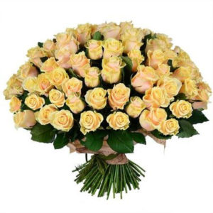 #230. Розы кремовые 101шт в упаковке