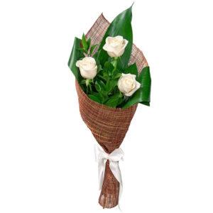 #295 Розы белые в упаковке, русскус, аспидистра