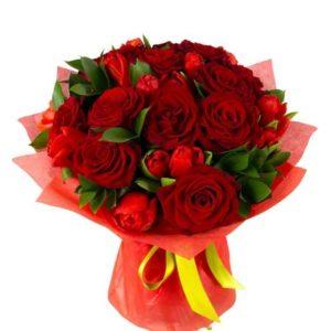 #407 букет из тюльпанов и роз
