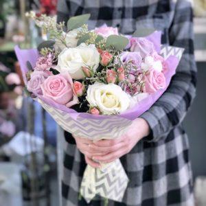 #483 Букет розы эвкалипт