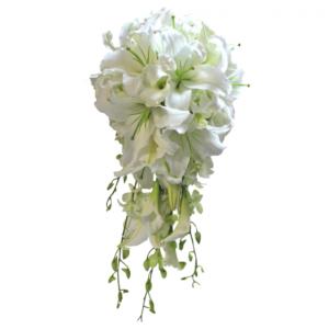 #144. Лилии белые