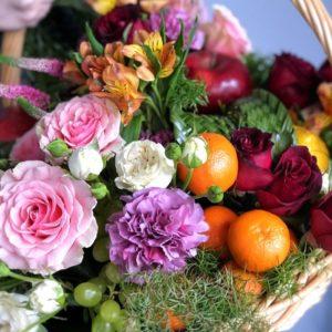 #500 Корзина с фруктами и цветами