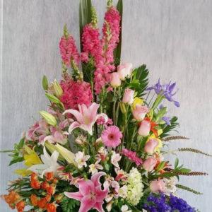 # 459 композиция из живых цветов