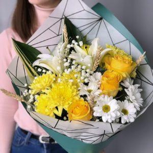 #509 Солнечный букет с лилиями