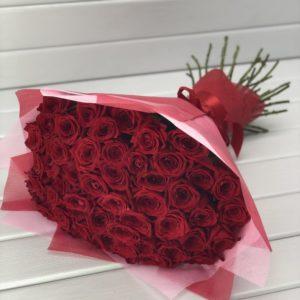 #234. Розы красные в упаковке 51шт