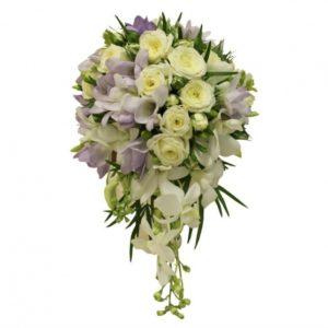 #239. Белые розы