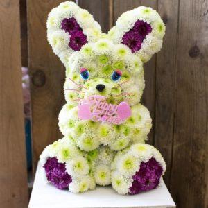 #339 Заяц из живых цветов