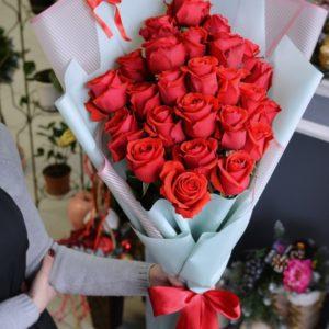 #498 красные розы 25шт